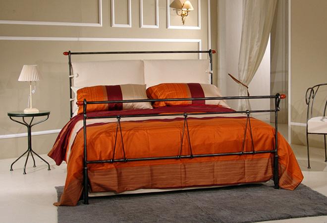 Design cucina e soggiorno piccolo open space - Testiera letto ferro battuto ...